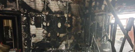 На Донбасі згоріла база військових парамедиків
