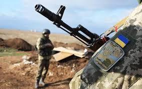 Бойовики атакували позиції українських військових та обстріляли вантажівку, є втрати — Міноборони