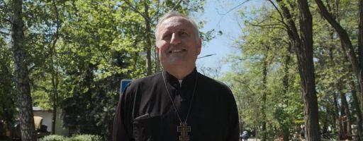 Ukraїner розповів історію священника, який довго служив на Закарпатті