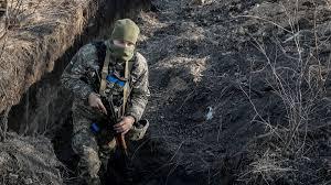 На Донбасі 18 обстрілів, є втати — штаб