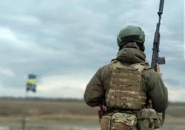 На Донбасі один український військовий загинув, троє травмовані