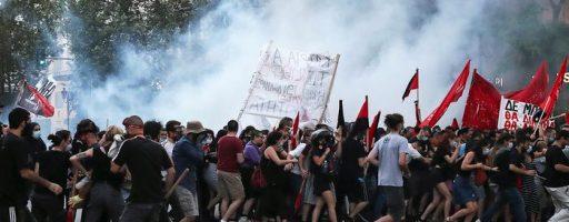 В Афінах — масові протести через новий закон про демонстрації